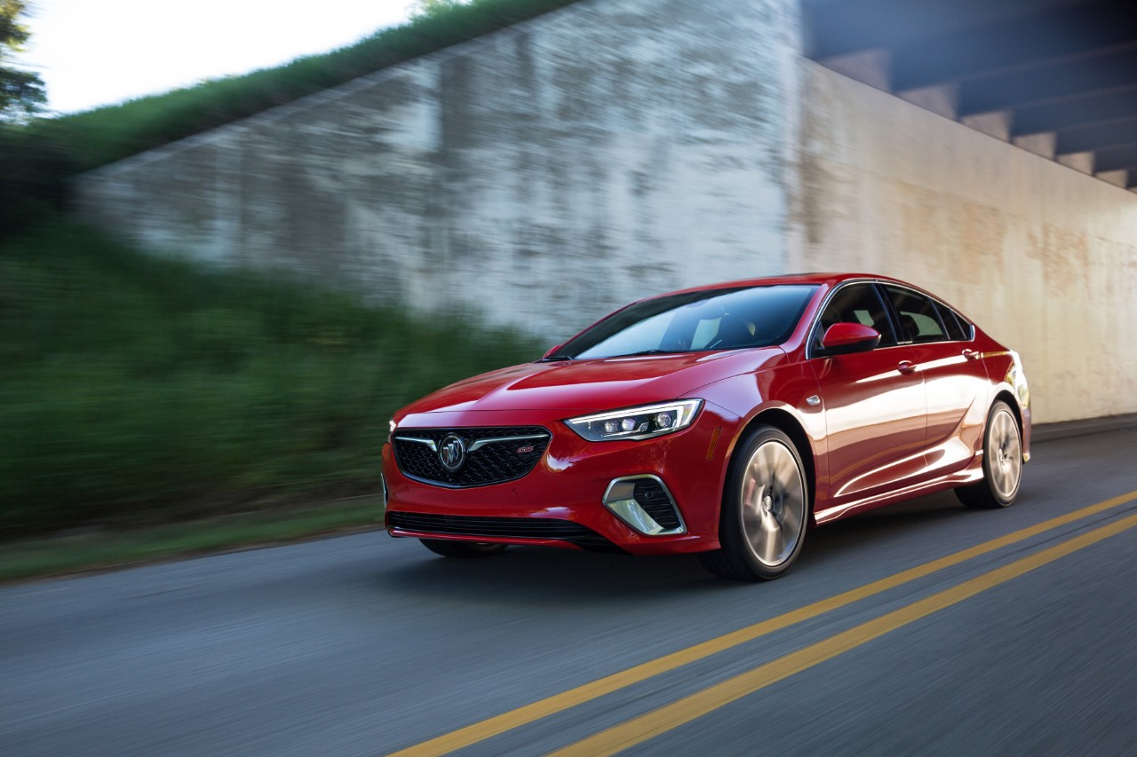2018 Buick Regal Gs Makes World Debut Buick Magazine